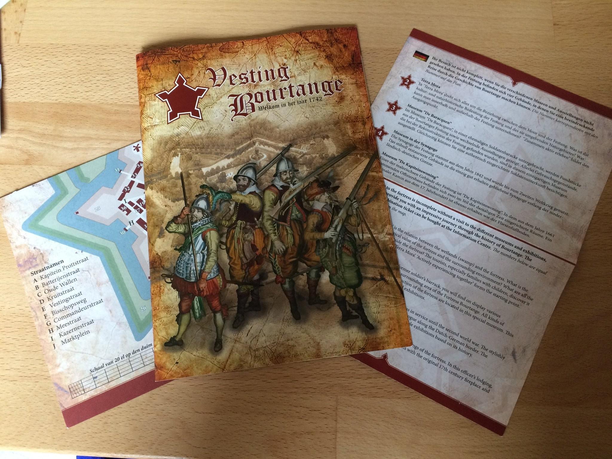 Broschüre und Lageplan