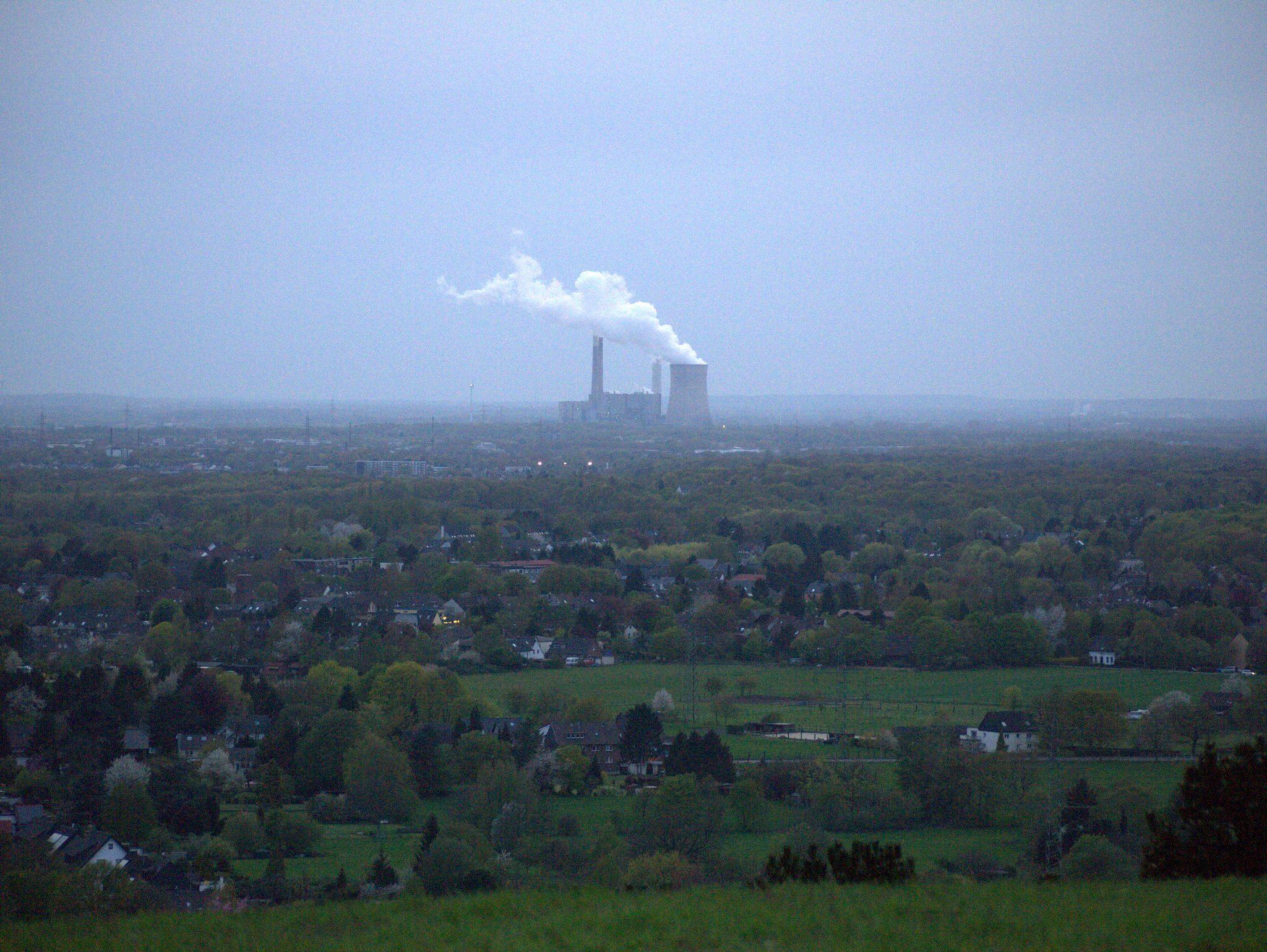 Wahnsinnig grün hier. Und klar: Industrie.