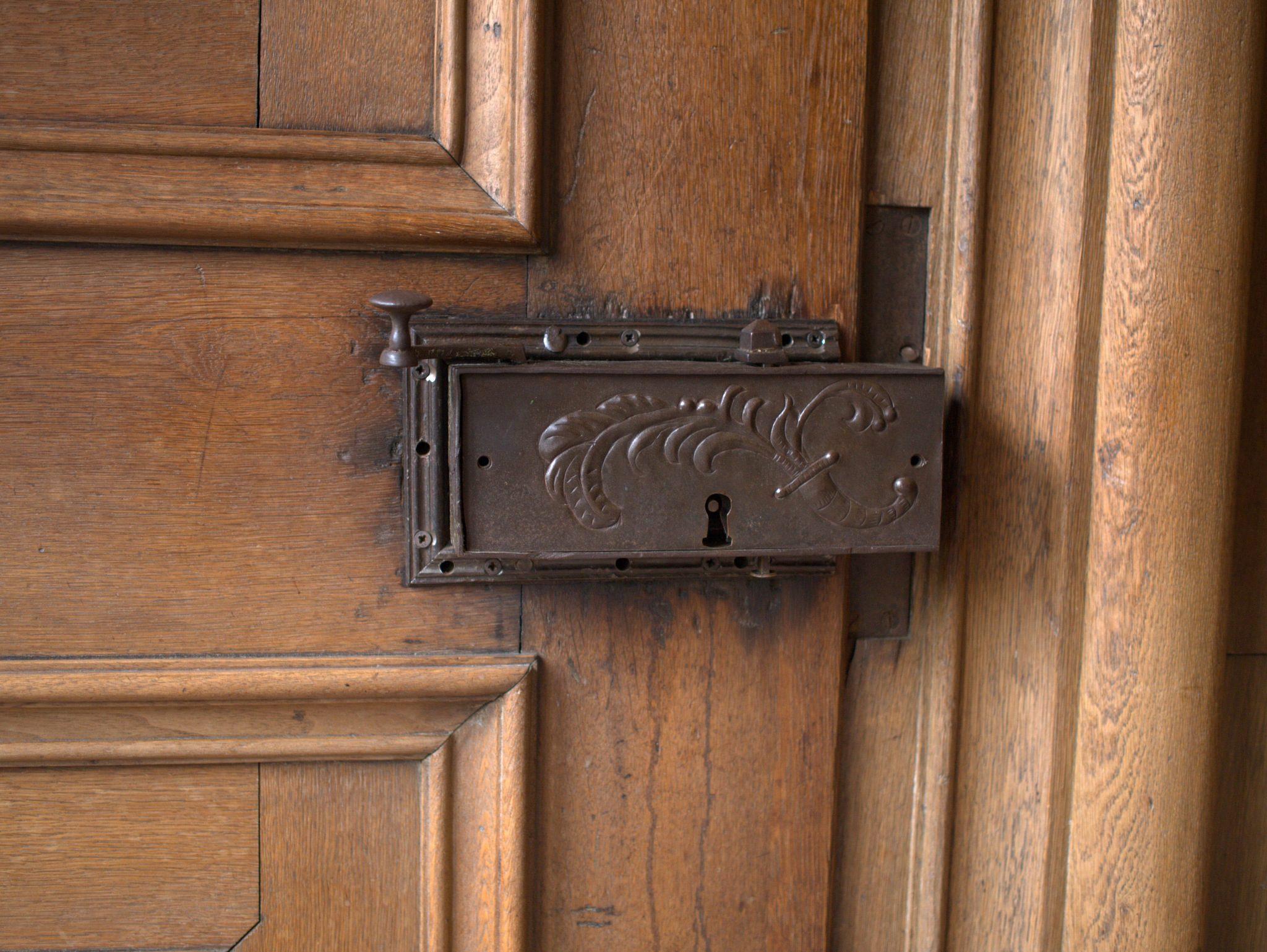 Ein Türschloss im späteren Speisezimmer (Refektorium).