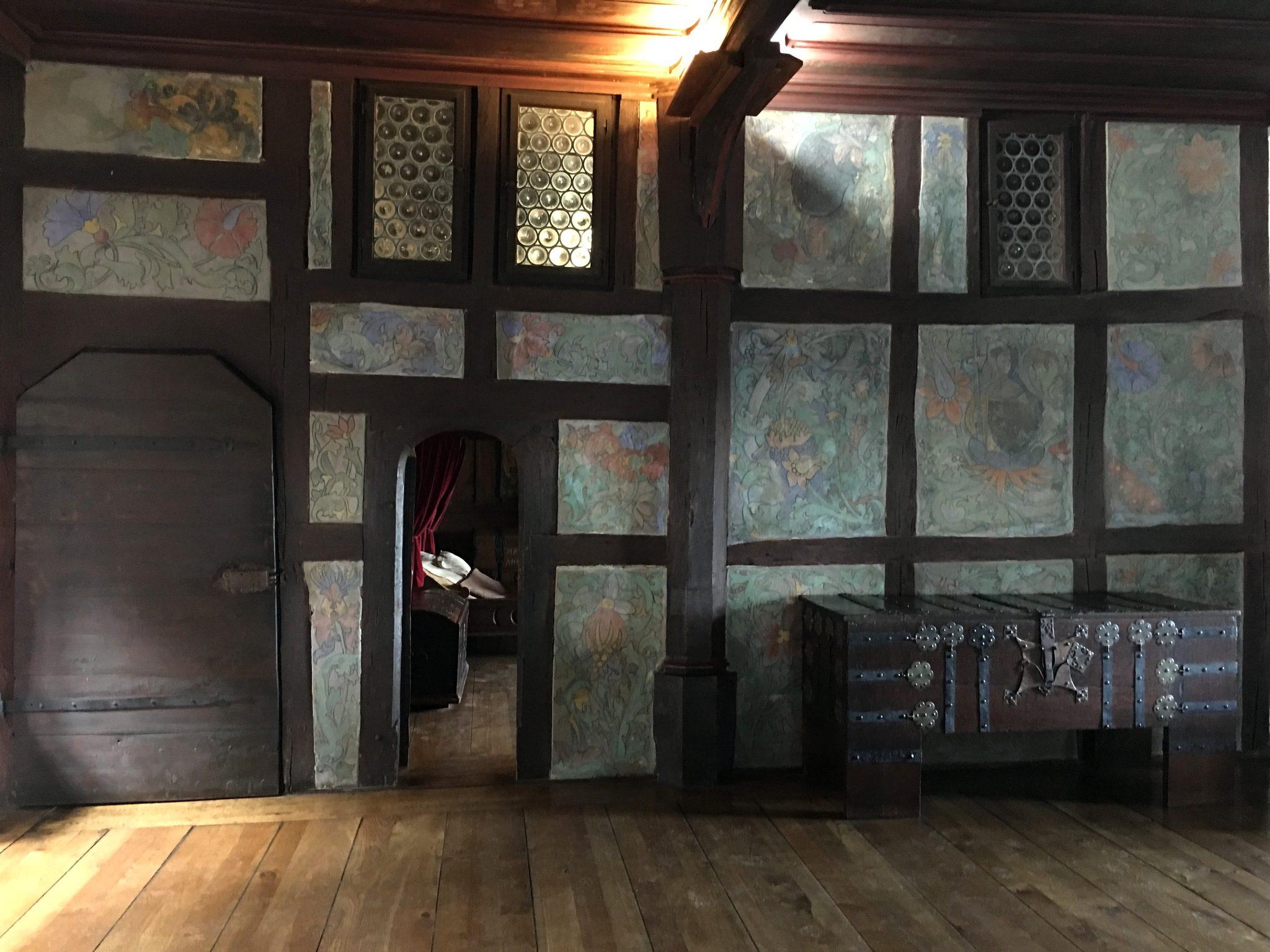 Blick aus dem Rittersaal zur Kemenate.