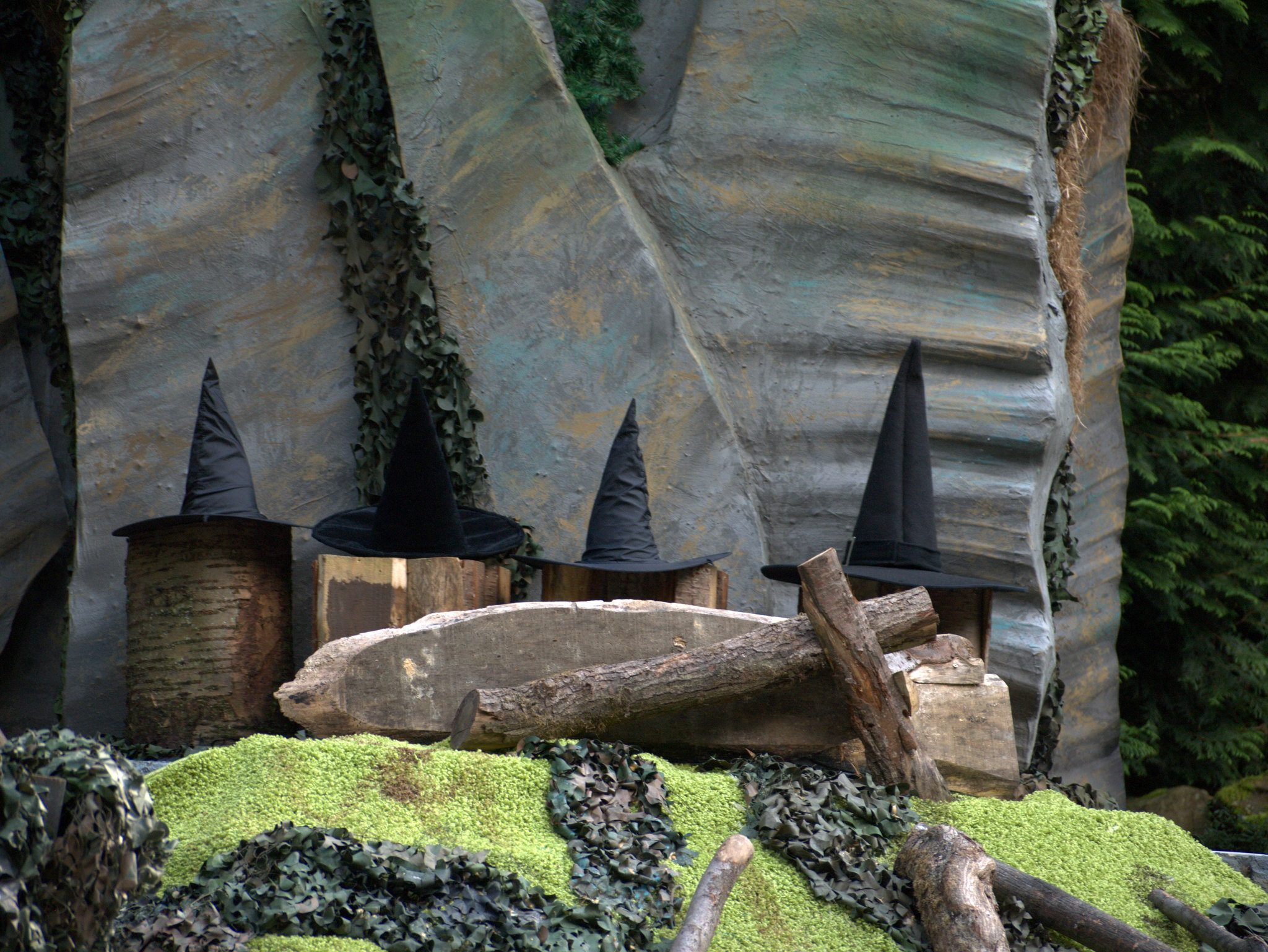 Wer eine ordentlich Hexe ist, der hat auch einen Hut.