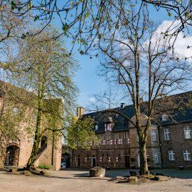 Schloss Broich zu Mülheim an der Ruhr – älteste Karolingerfestung nördlich der Alpen