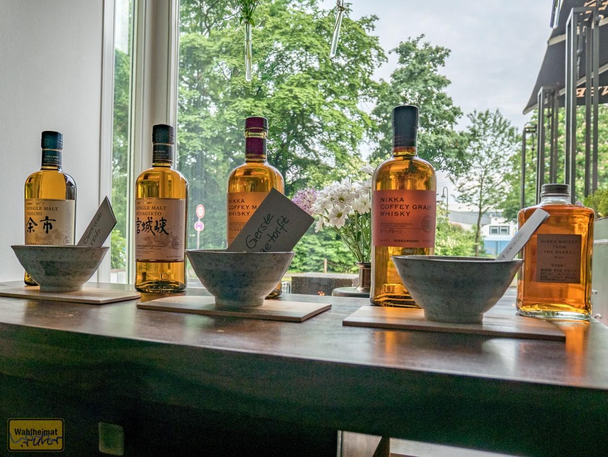 Das komplette Lineup des Abends: NIKKA Whisky.