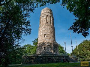 Der Bismarckturm in Bochum - direkt gegenüber vom Tierpark.