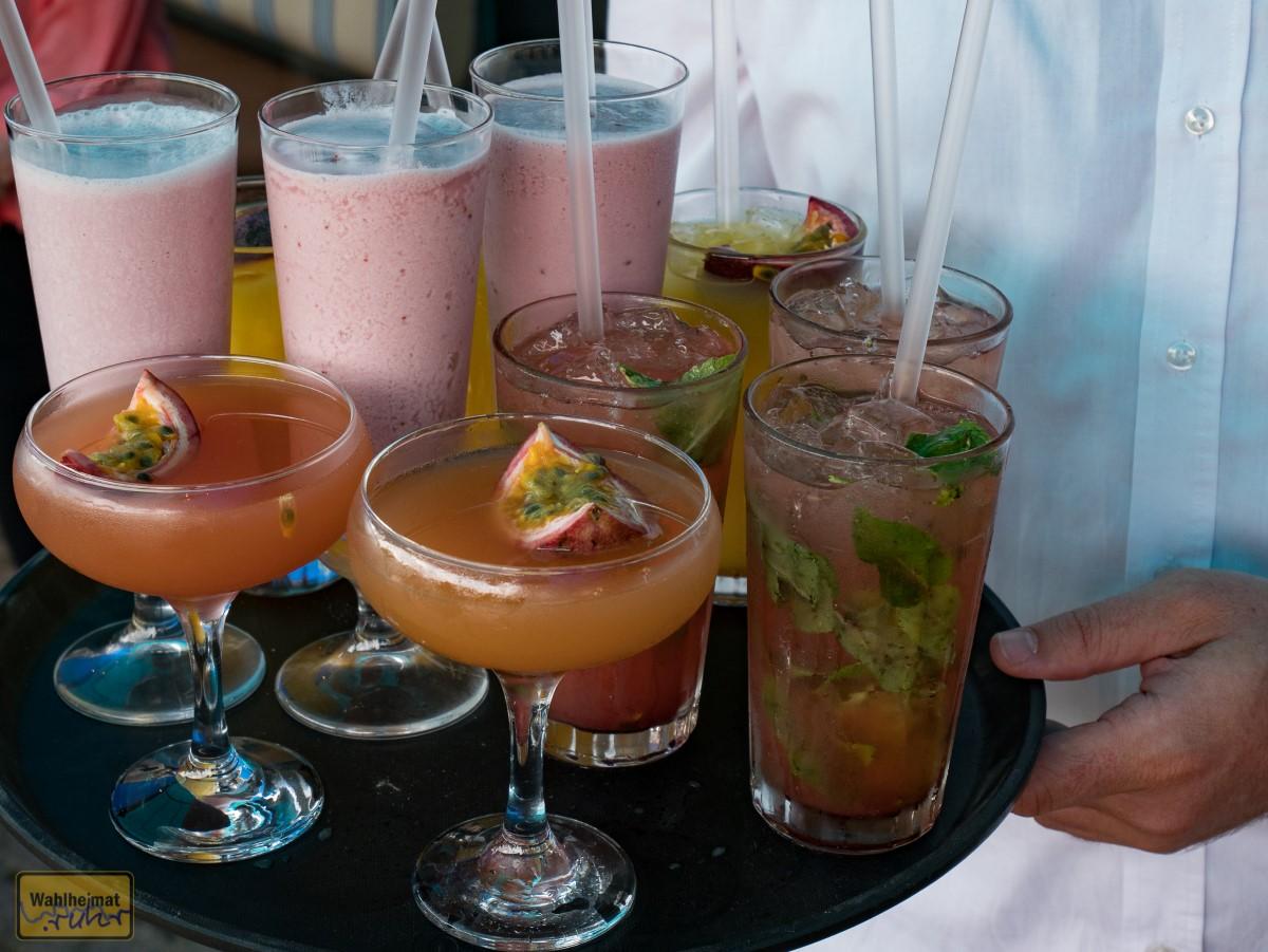 Im Angebot: eine große Auswahl von Cocktails.