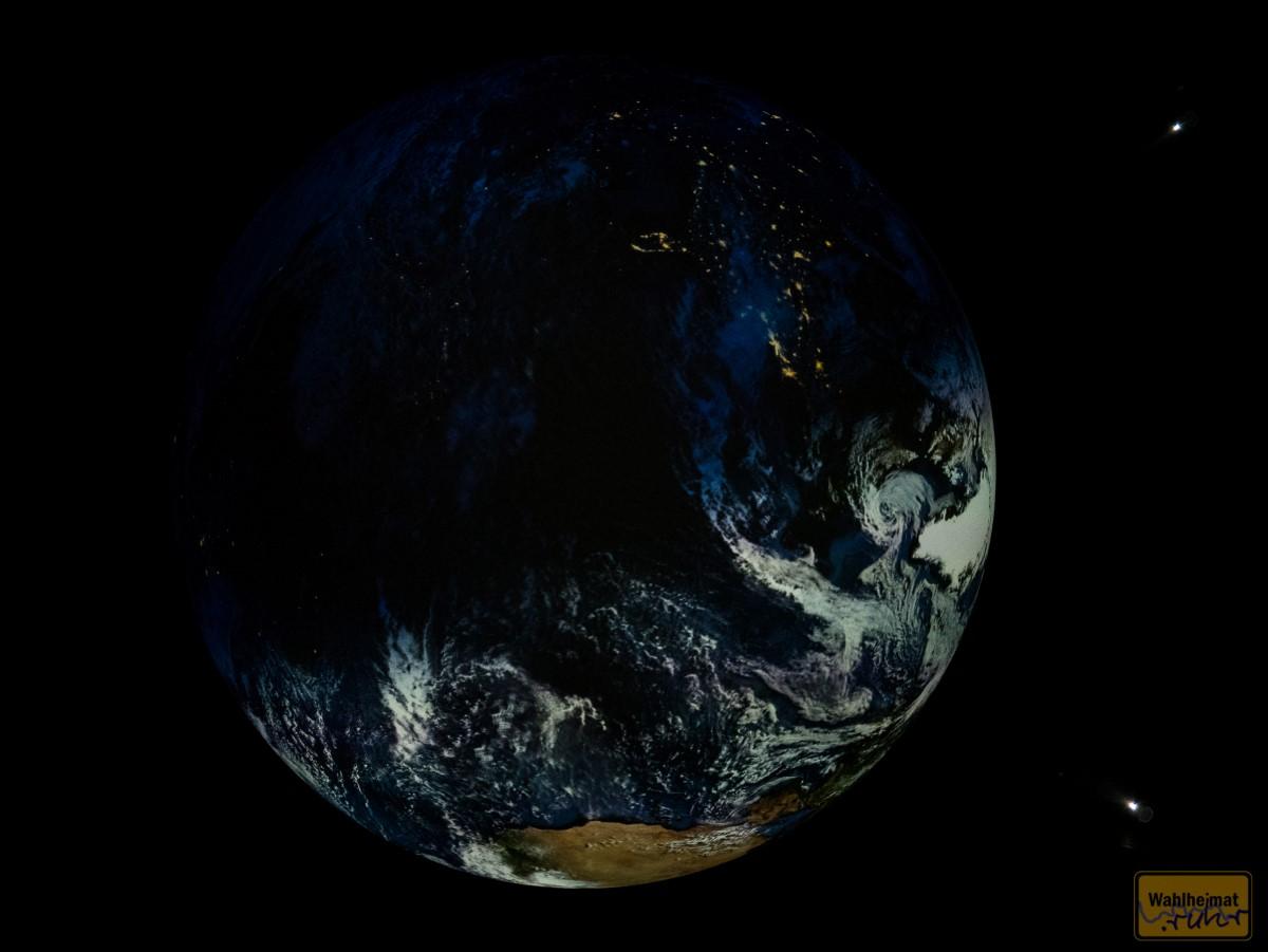 ...wie des Nachts einige Kontinente...