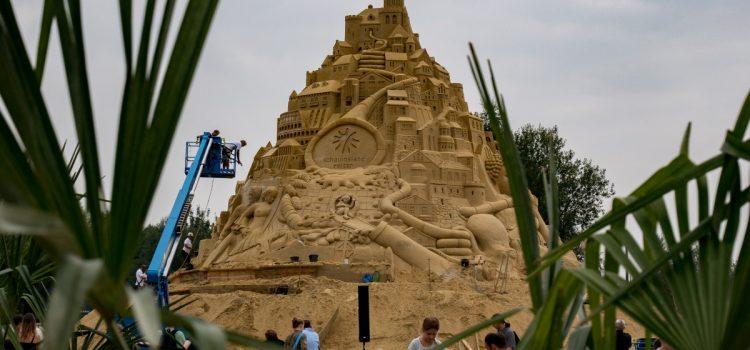Sandburg im 2. Weltrekordversuch: Landschaftspark Duisburg Nord