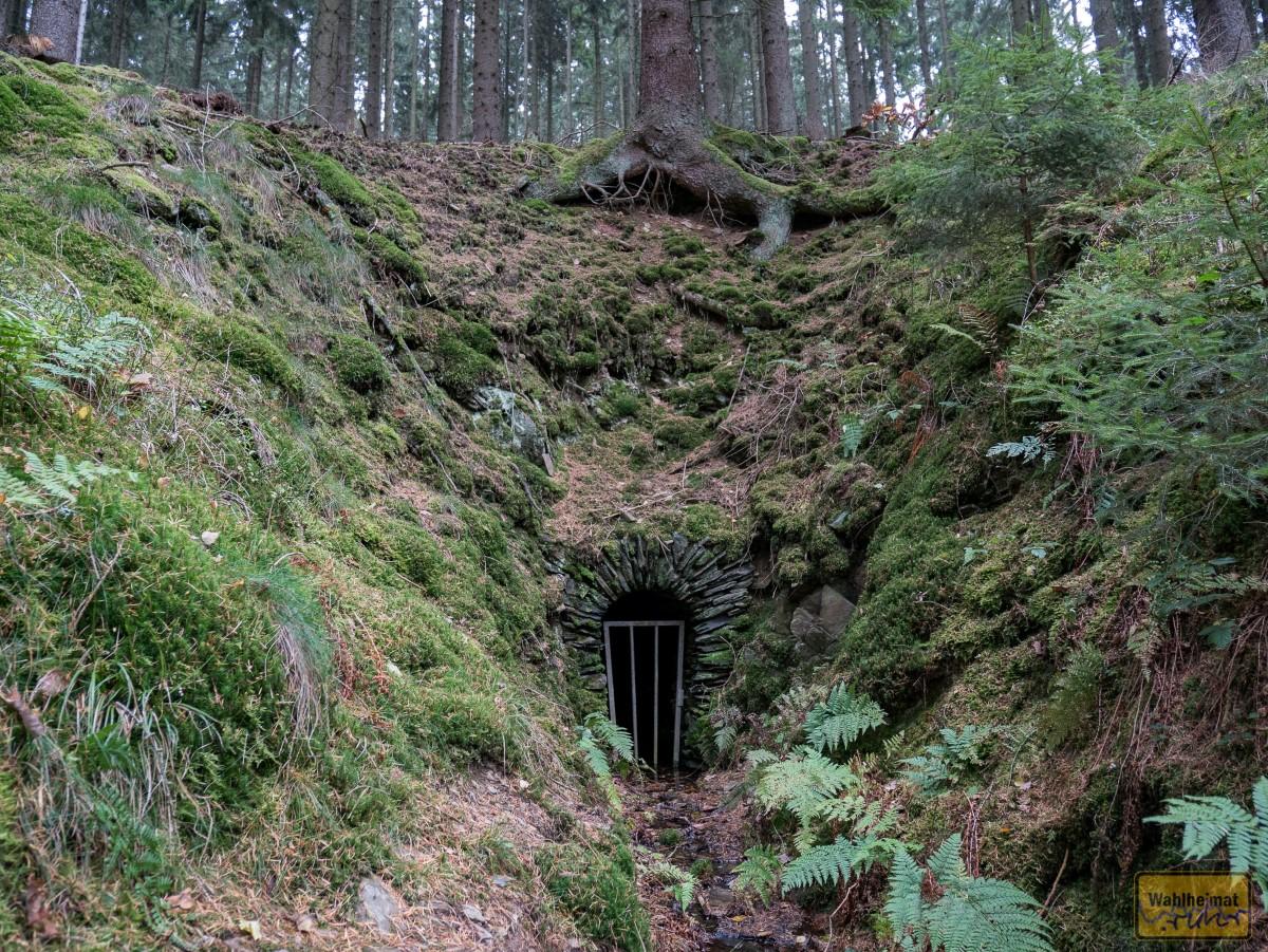 Wow: verlassen liegt die alte Mine da.