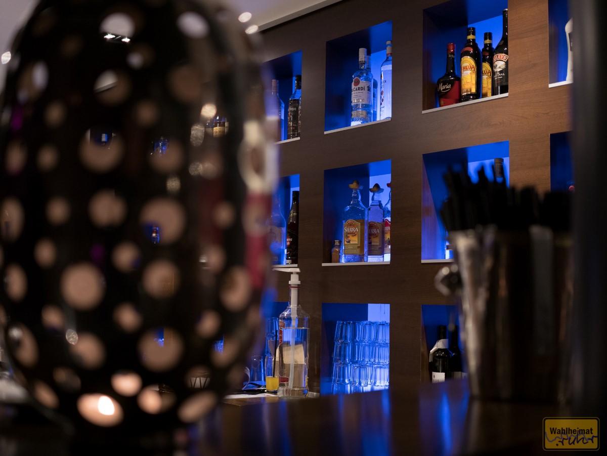 Zwei Bars versorgen vor, während und nach dem Gig die Besucher.