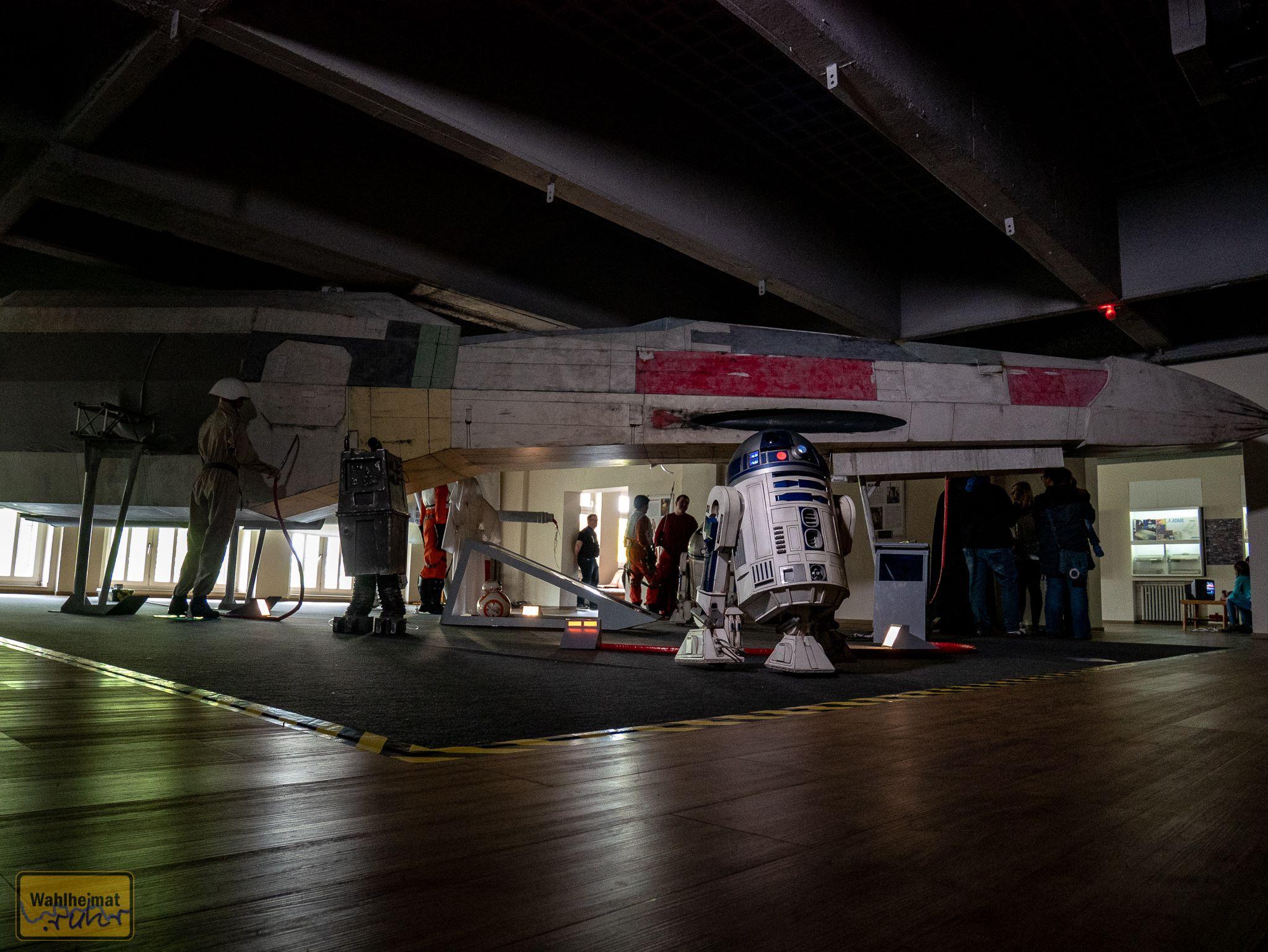 Die Skywalker Movie Gallery!