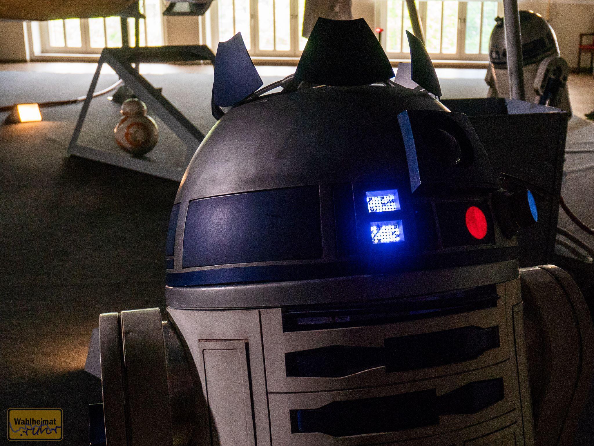 Diese R2-Einheit kann spezielle Tricks.
