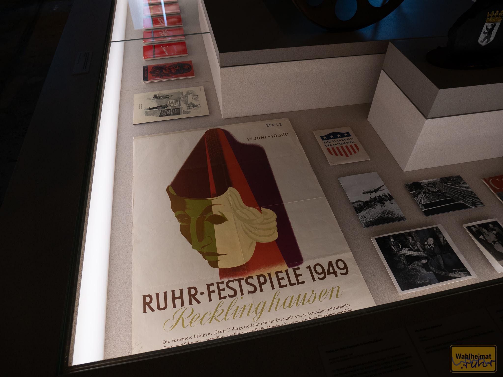 """Eine der """"Kunst & Kohle""""-Ausstellungen findet gerade in der Kokerei Zollverein statt: """"Das Zeitalter der Kohle"""" kann auch mit Ruhrfestspiel-Motiven aufwarten!"""