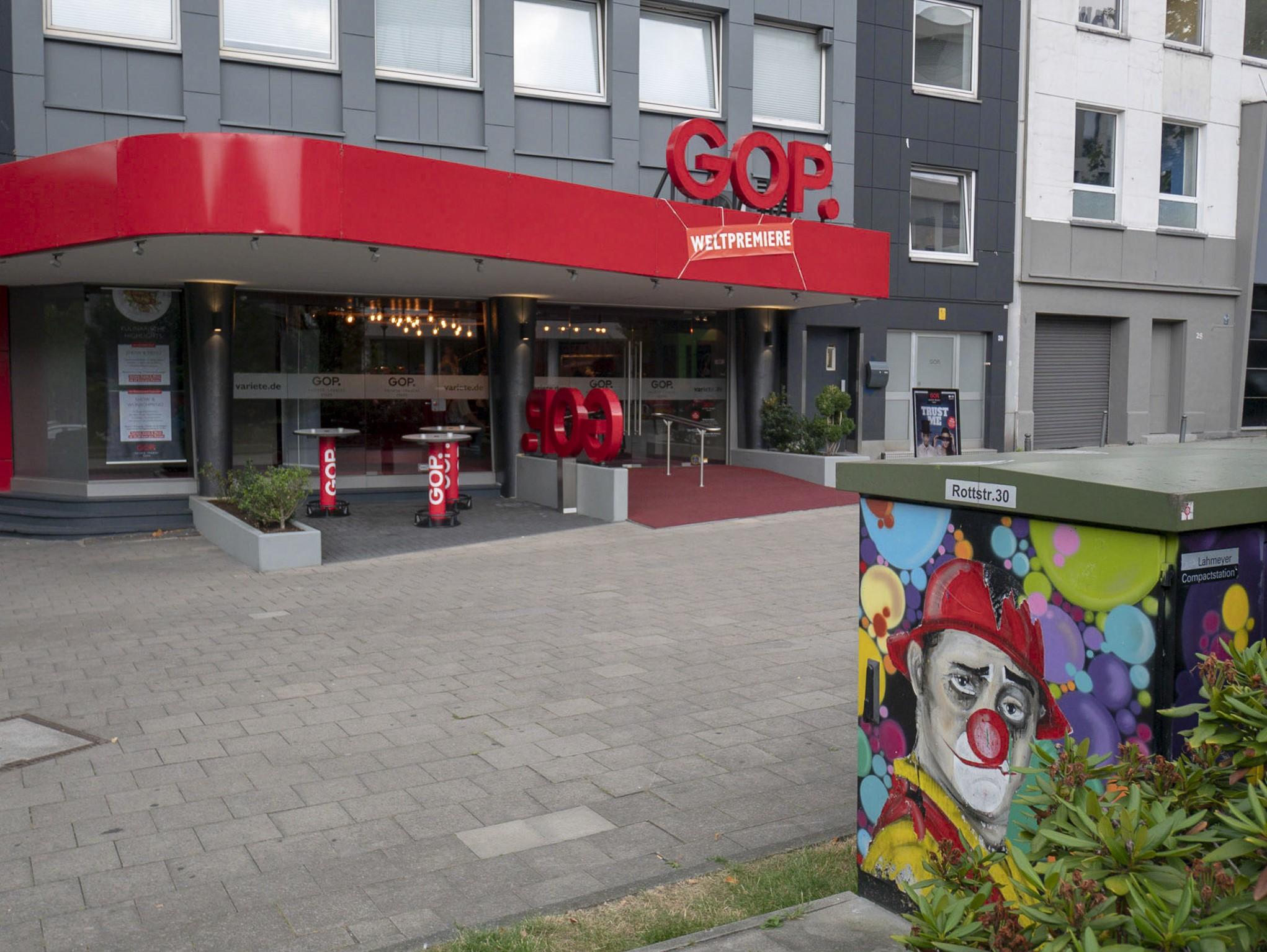 Eingangsbereich vom GOP Essen: die neue Show Elektro hatte ihre Premiere hier.