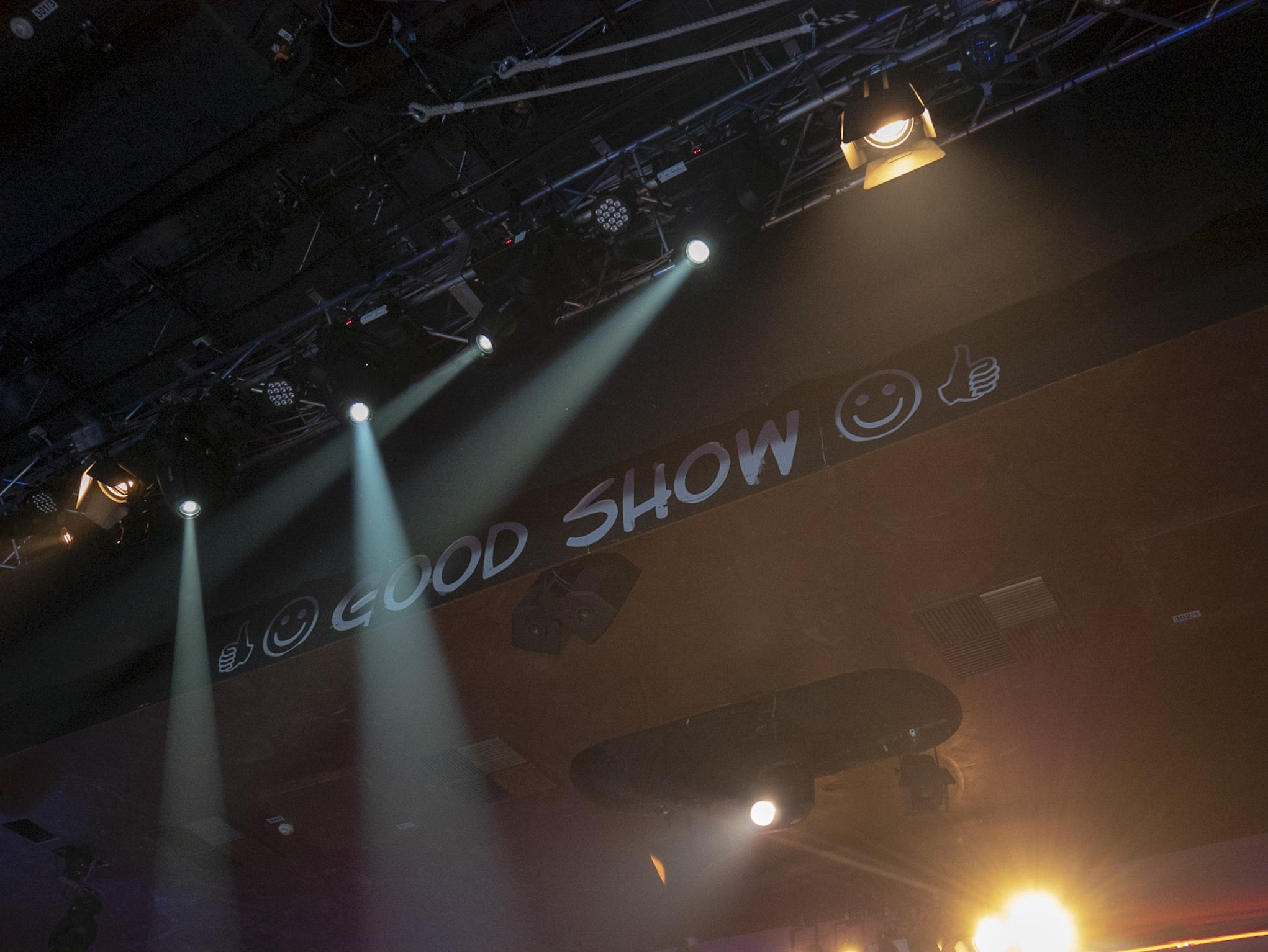 Sieht man nur, wenn man auf der Bühne steht: good show!