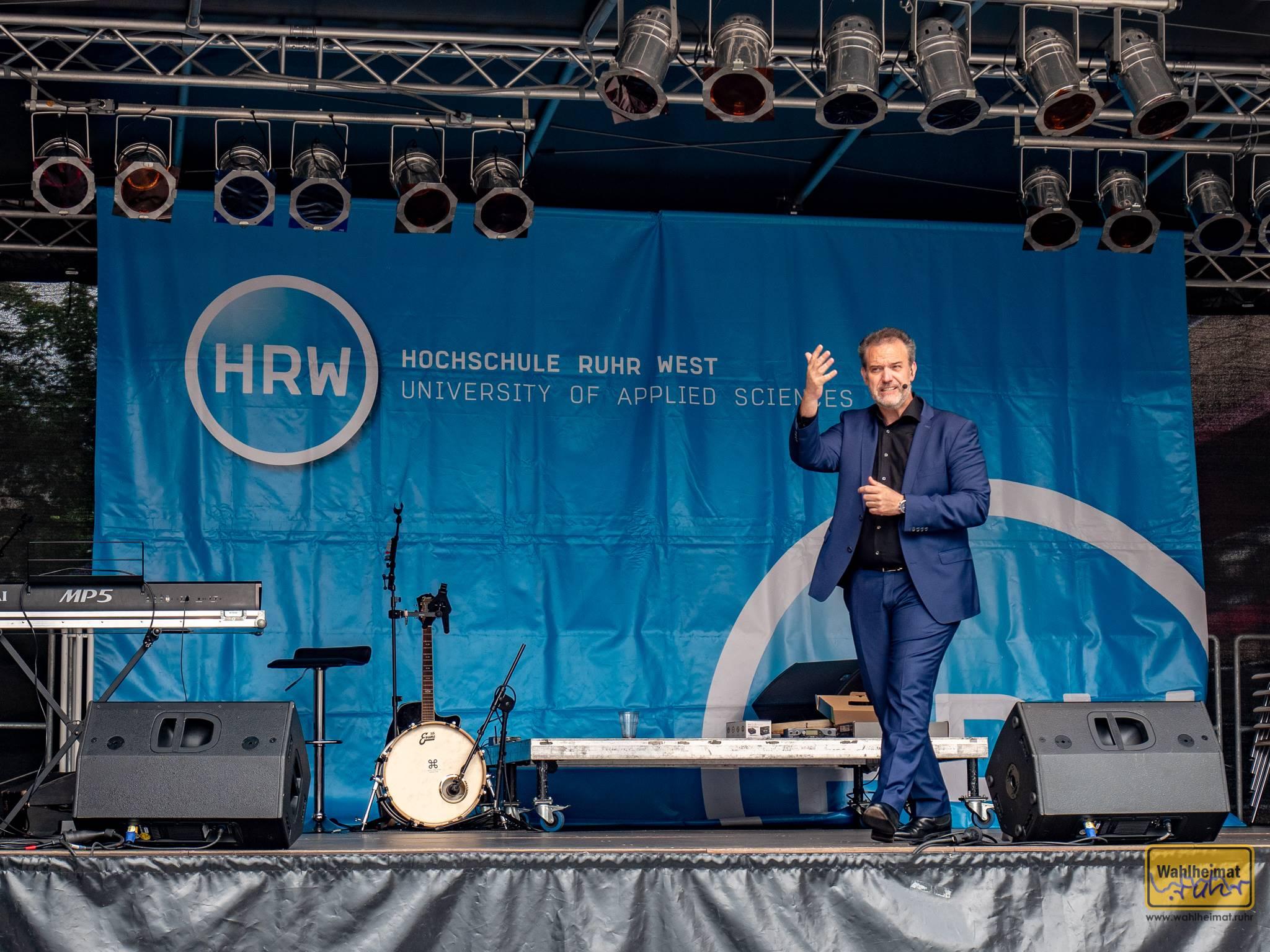 Ein Mülheimer Junge: René Steinberg (u.a. WDR2 Comedian) erklärt uns Mülheim und die Welt.
