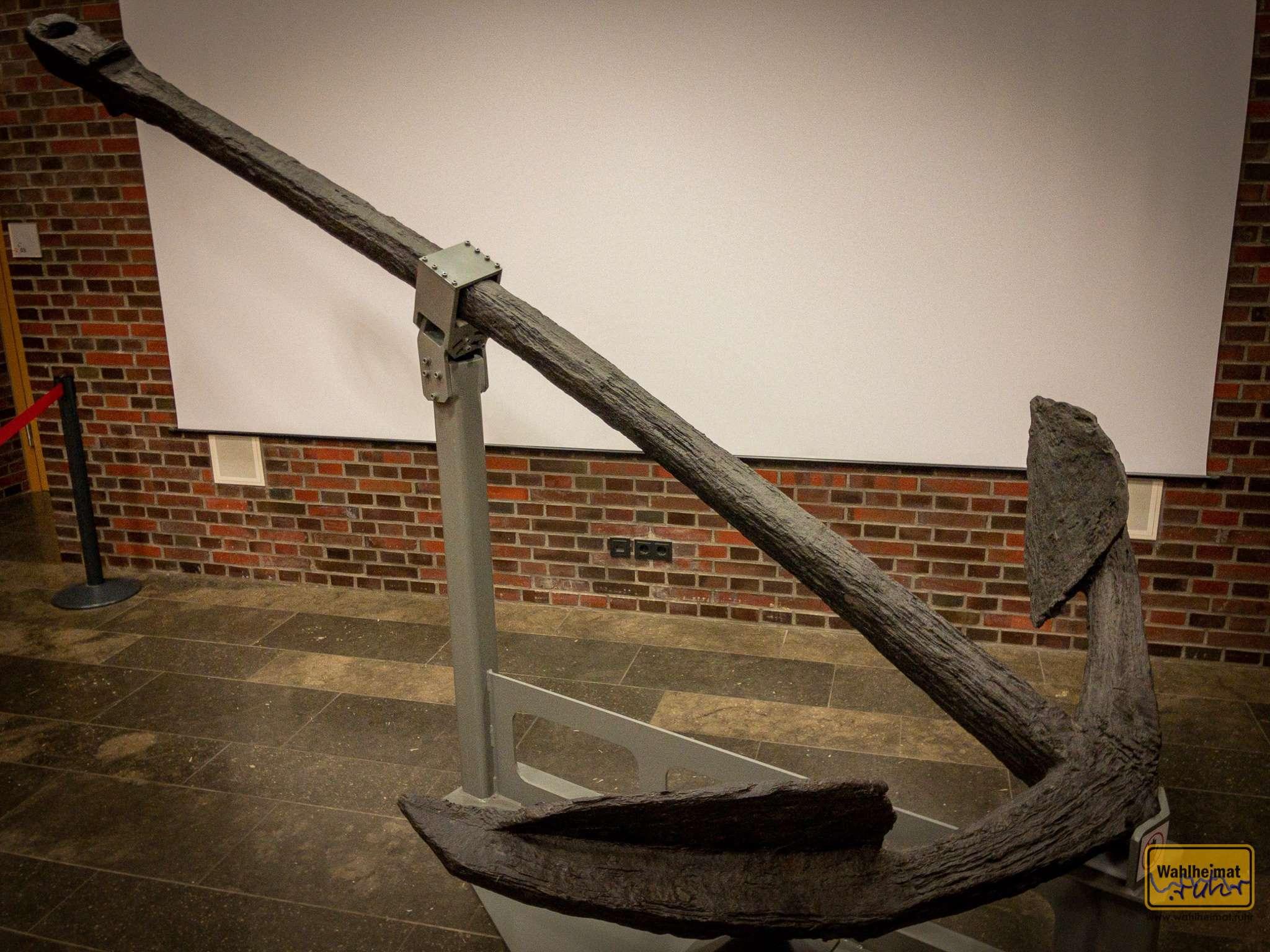 """Mit dem Schiff, das an diesem Anker dran hing, kam die Pest 1720 nach Marseille. """"Grand Saint Antoine"""" hieß der Kahn."""