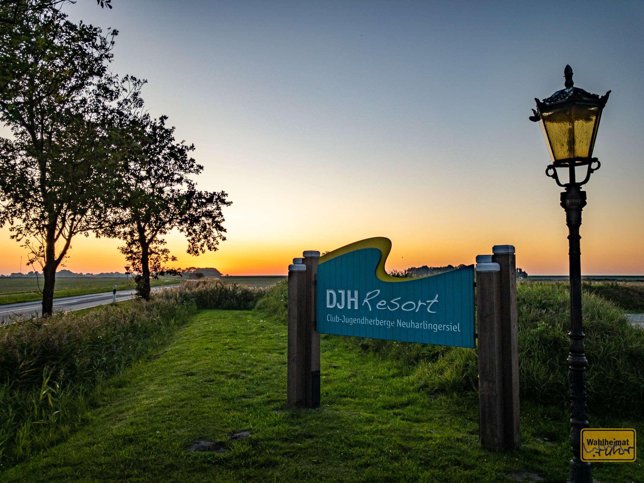 Hier lässt es sich gut mehrere Tage aushalten: die DJH Resort Club-Jugendherberge in Neuharlingersiel.