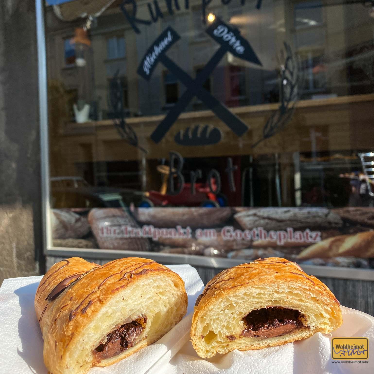 Bei Ruhrpott-Brot am Goetheplatz gab es Leckeres aus dem Backwaren-Sortiment mit und ohne Schoki...