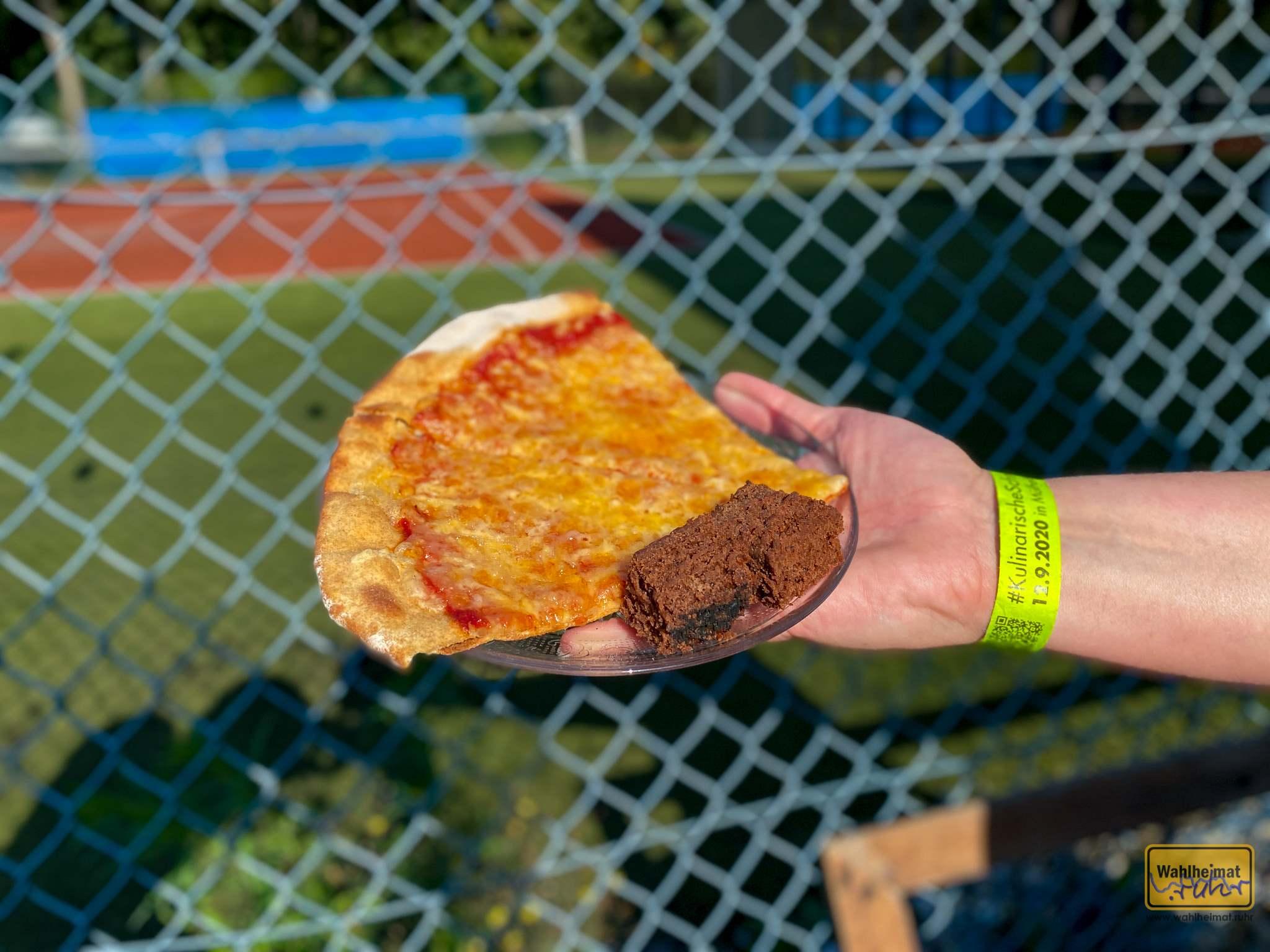 FAIR1-HEiM an der Mintarder Straße - direkt vis-a-vis vom Tenniscourt gibt es Dinkelvollkornpizza und Bananenbrot